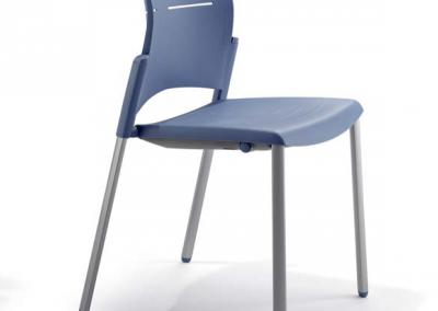silla spacio actiu volteada